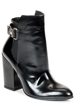 Boots Paul Joe MARCELA(115453320)