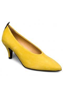 Nanne Shoes Heels Pumps Classic Gelb NUDE OF SCANDINAVIA(108574140)