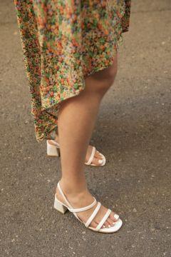 STRASWANS Kadın Beyaz Gina Deri Bayan Topuklu Sandalet(118442015)