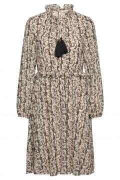 Dress Kleid Knielang Beige SOFIE SCHNOOR(114165501)