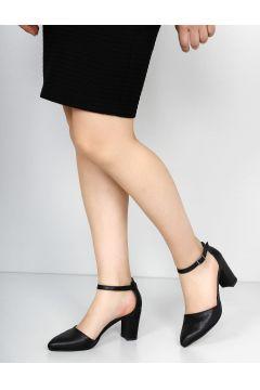 G.Ö.N Siyah Kadın Klasik Topuklu Ayakkabı(114228629)