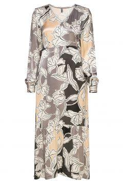 Cumolly Dress Kleid Knielang Bunt/gemustert CULTURE(117082547)
