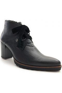 Boots Dorking 7590.TPEF(127904404)