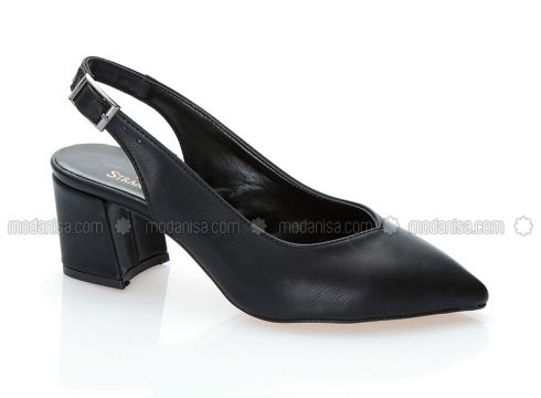 Black - Casual - Shoes - STRASWANS(100929126)
