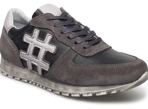 Sneakers(81251615)
